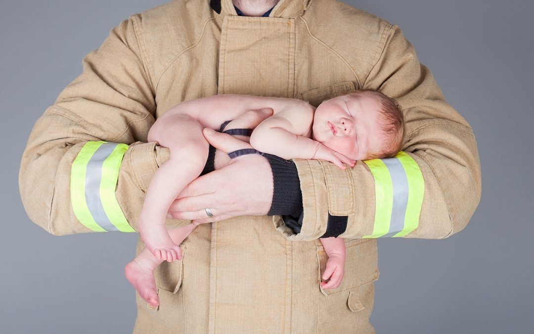 """""""Safest hands in the world!"""" – Newborn Photo Session"""